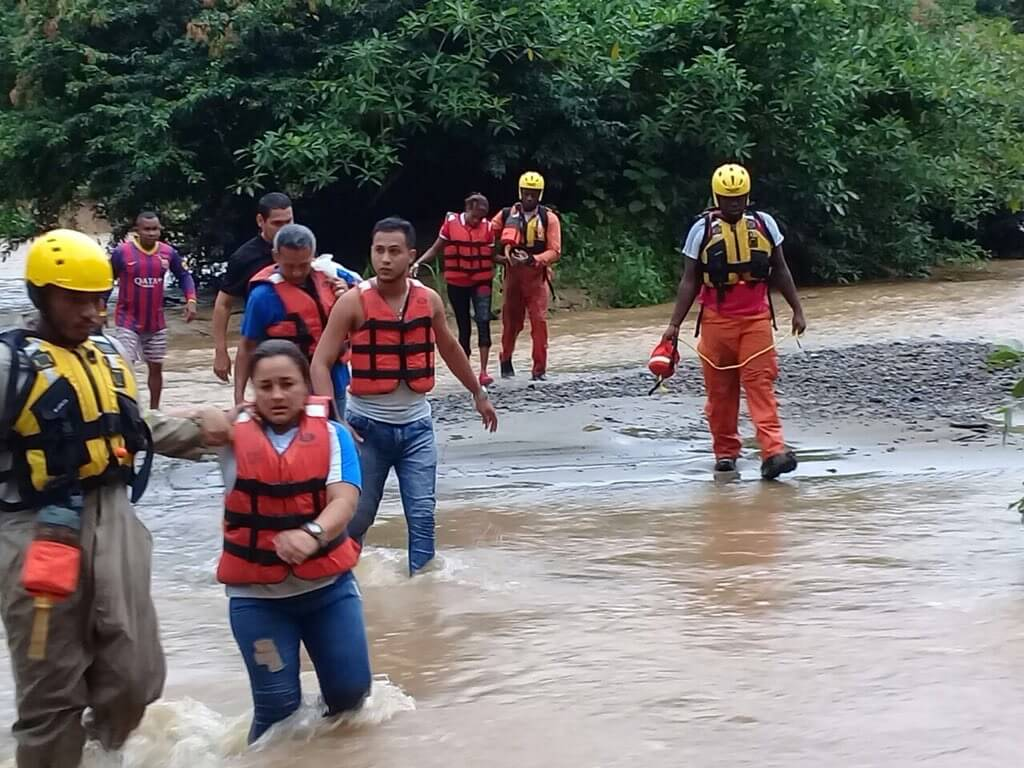 SINAPROC rescata a personal del IFARHU