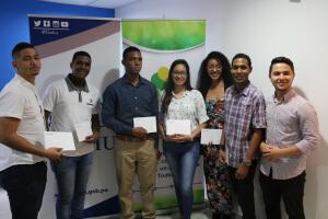IFARHU y el MINSA hacen efectivo pago de becas de medicina a estudiantes de cuatro universidades particulares