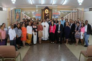 Cincuenta y cuatro años al servicio de la educación panameña