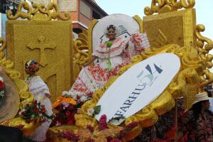 IFARHU presente en Desfile de las Mil Polleras